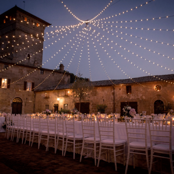 Matrimonio in un'antica fortezza